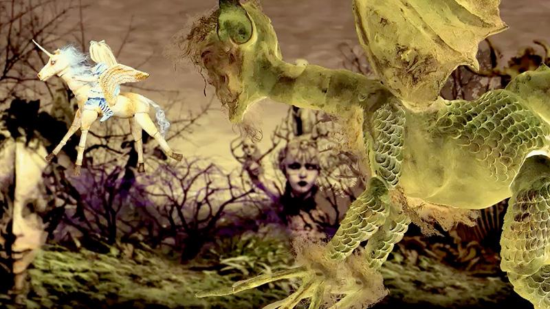 映画「Alice in Dreamland」